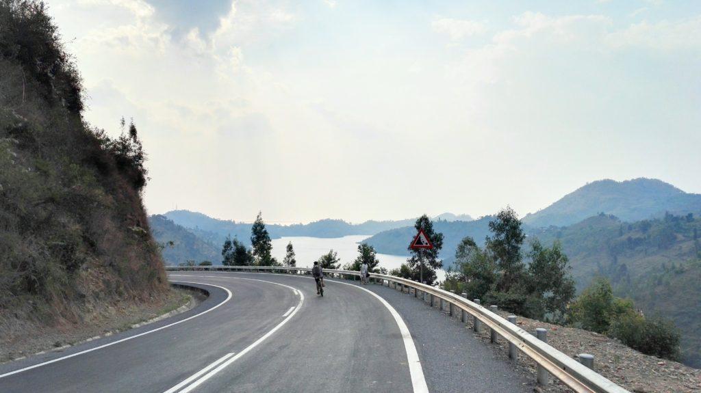 Cycling down to Lake Kivu
